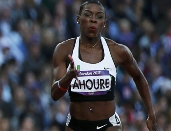 Outra que usou piercing no tanquinho foi a marfinense Murielle Ahoure, dos 100 m rasos