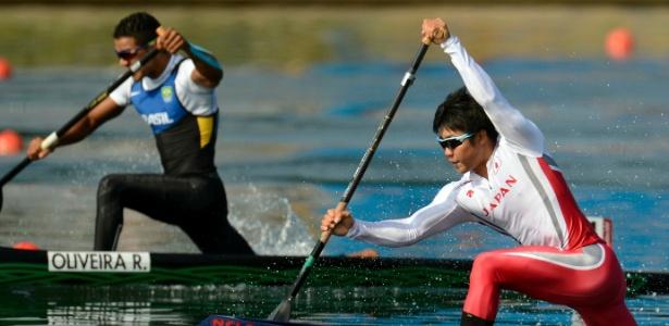 Ronilson Oliveira disputa eliminatória da canoagem de velocidade individual