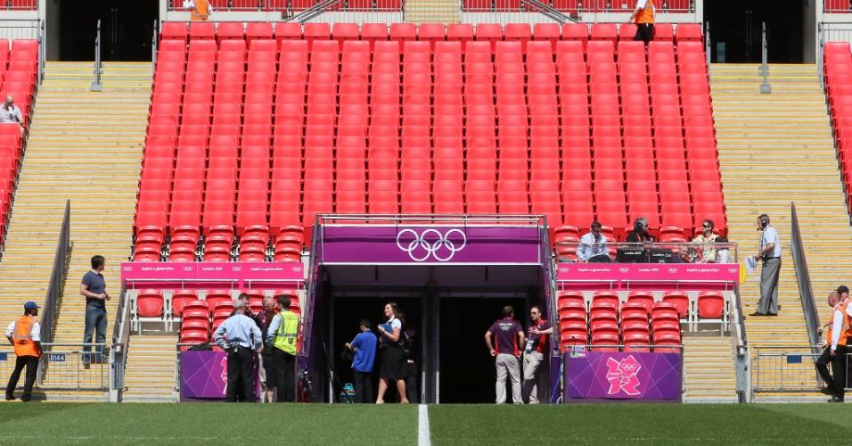 Estádio de Wembley já está pronto para receber partida entre Brasil e México pela final do futebol masculino