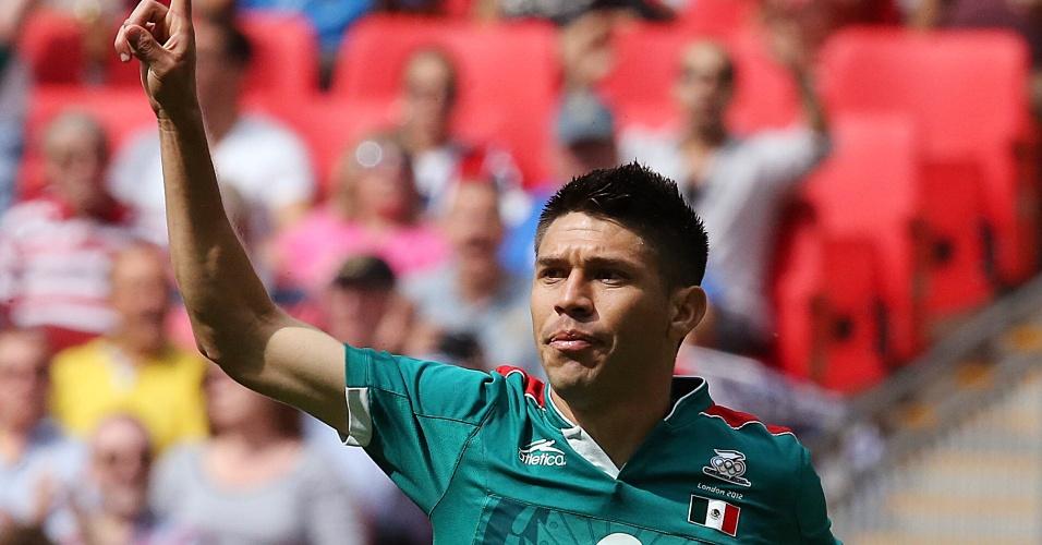 Mexicano Peralta comemora após abrir o placar contra o Brasil com menos de um minuto de jogo