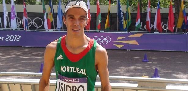 Pedro Izidro termina a prova da marcha atlética e agora tem que cumprir promessa