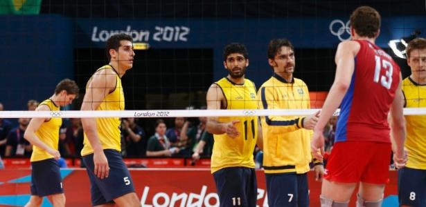 Vice-campeões olímpicos, brasileiros cumprimentam Muserskiy, russo que mudou a história da final
