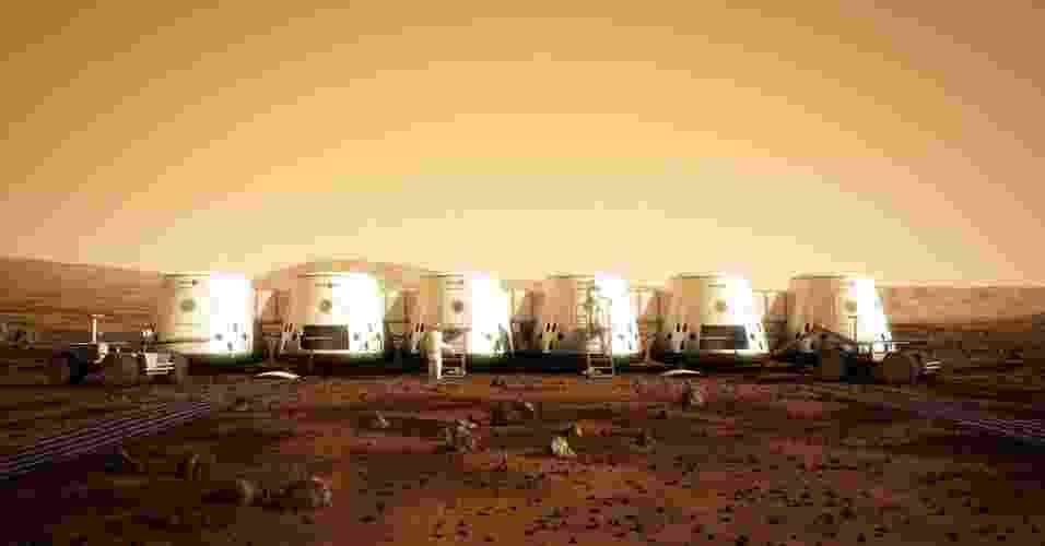 """13.ago.2012 - A partir de 2023 turistas poderão viajar a Marte apenas com a passagem de ida. Segundo Bas Lansdorp, engenheiro mecânico de 35 anos que criou a empresa """"Mars One"""", a viagem de volta à Terra ainda é impossível do ponto de vista técnico. A seleção e o treinamento dos candidatos astronautas deveriam começar, em 2013, e o envio dos módulos habitacionais, das provisões e dos veículos robotizados estão previstos entre 2016 e 2022.Em abril de 2023, os quatro primeiros homens e mulheres pousarão em Marte. Outros astronautas (21 no total em 2033) se somarão - AFP"""