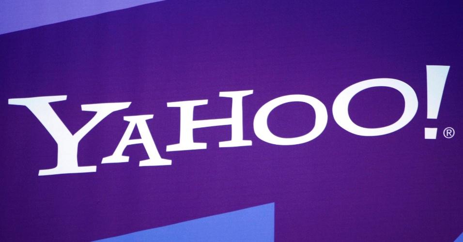 4º - Yahoo!: O Yahoo!, mesmo com seus altos e baixos, ainda ocupa a quarta colocação entre os sites mais populares do mundo, assim como no ranking de 2011, com 21,4% das visitas de usuários de internet.