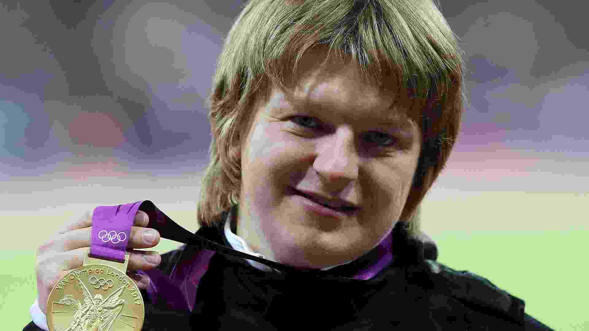 A atleta de Belarus, Nadzeya Ostapchuk, perdeu a medalha de ouro do Arremesso de Peso, conquistada em Londres-2012 após seu exame anti-doping constatar a presença do agente anabolizante metenolone - undefined