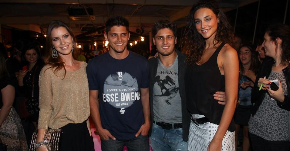 Nathalia Dill, Bruno Gissoni, Daniel Rocha e Débora Nascimento prestigiaram o lançamento de uma coleção de calçados e acessórios em São Paulo (13/8/12)