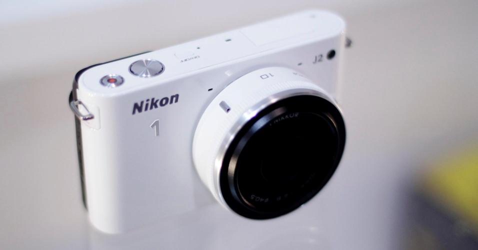 Câmera digital Nikon 1 J2