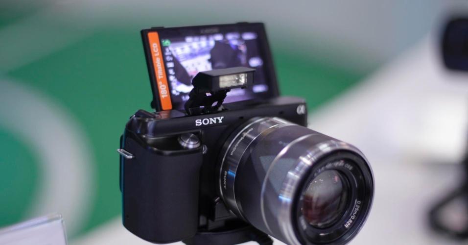 Câmera digital Sony NEX-F3