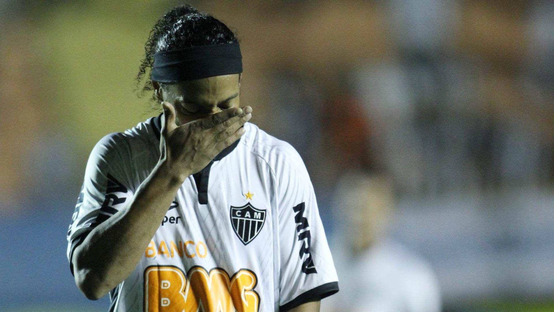 Ronaldinho Gaúcho lamenta empate do Atlético-MG contra o Atlético-GO