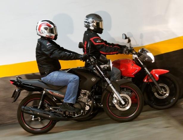Factor YBR 125 (preta) e Riva 150 são econômicas e ideais para o dia-a-dia - Infomoto