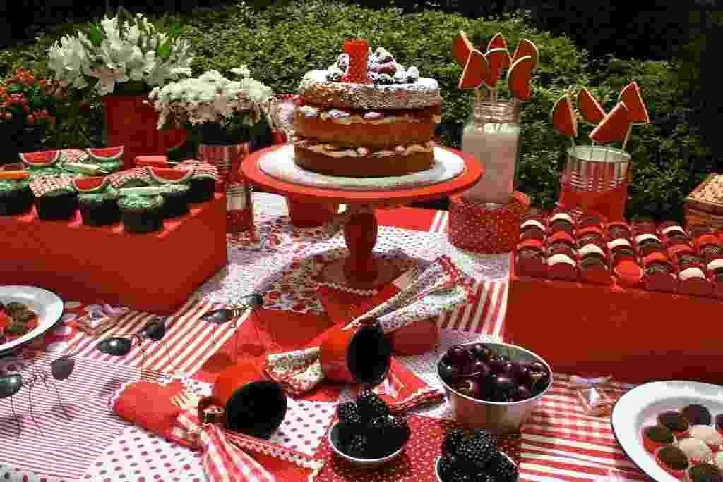 mesa, aniversário, jardim, piquenique, Caraminholando, bebê, detalhe - Ana Paula Albé