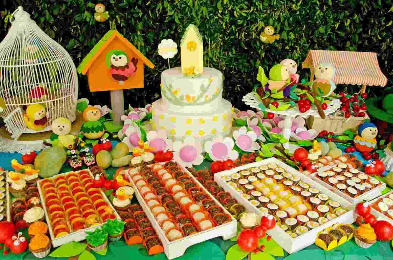 mesa, festa, tema, aniversário, bichos, formigas, jardim, cristina buchain, bebê - Divulgação