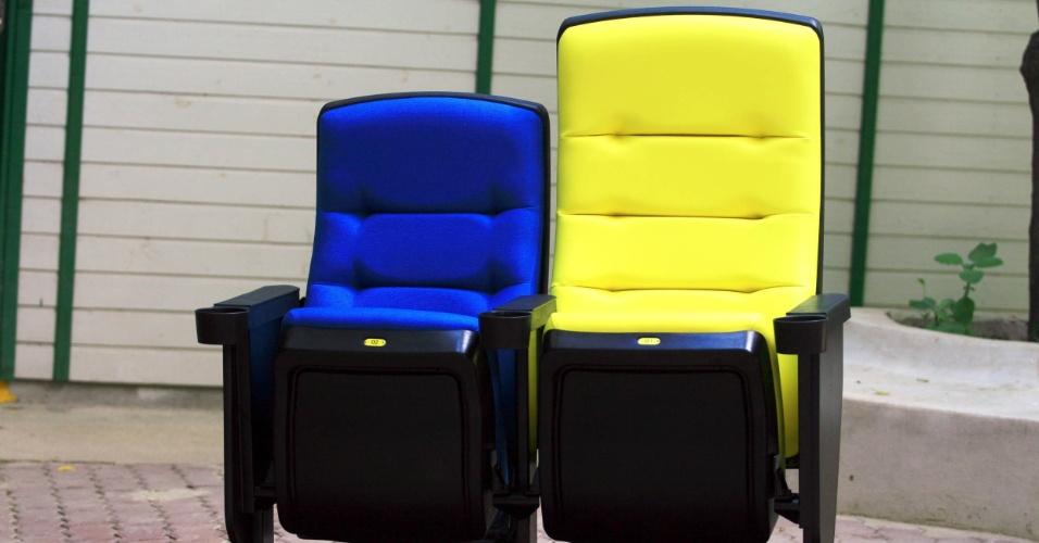 Novos cadeiras do Maracanã serão azuis, amarelas e brancas