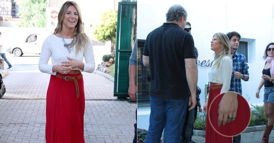 Atriz Giovanna Ewbank é flagrada com a aliança de casamento, em Gramado (17/8/12)