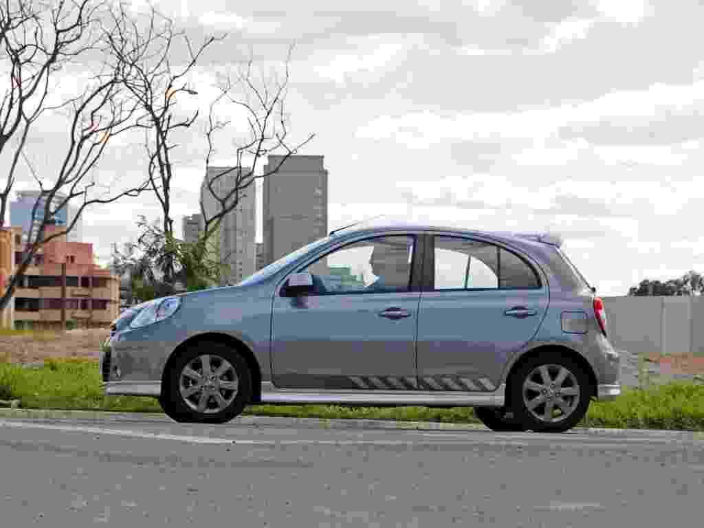 Ótimo nível de equipamentos e de diversão por R$ 38.690: este é o novo Nissan March 1.6 SR Premium - Murilo Góes/UOL