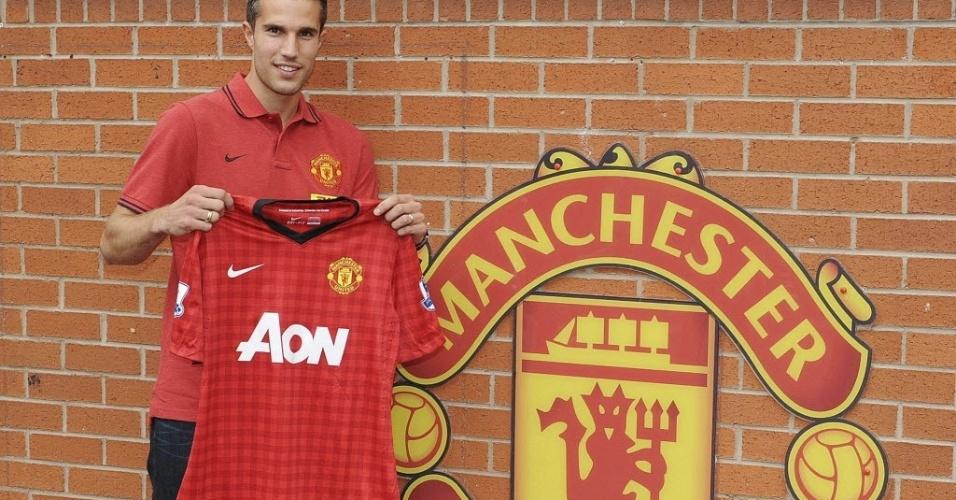 Robin van Persie posa com a camisa do Manchester United (17/08/2011)
