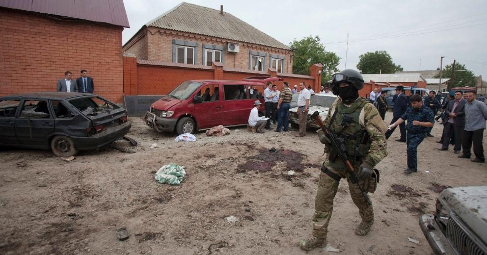 19.ago.2012 - Um homem-bomba matou pelo menos sete policiais presentes no funeral de um colega na instável região russa da Inguchétia, no Cáucaso