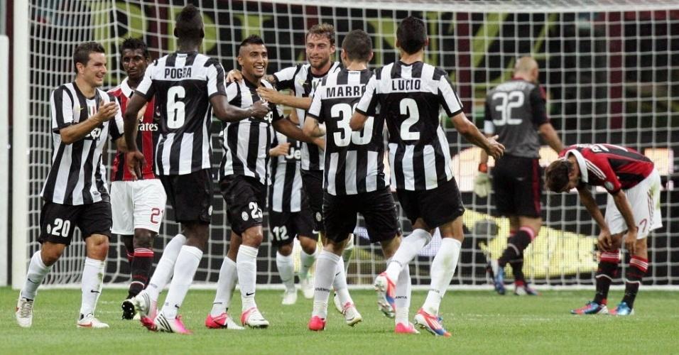 Jogadores da Juventus comemoram um dos gols da vitória sobre o Milan pelo Troféu Berlusconi (19/08/2012)