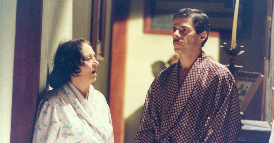 """Laura Cardoso e José Mayer protagonizam o episódio """"O sacrilégio"""", da série """"A Vida Como Ela É"""" (13/10/1996)"""