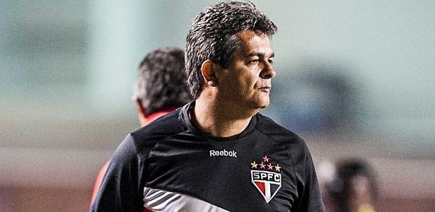 Ney Franco, técnico do São Paulo, sente falta da família, que ficou no Rio