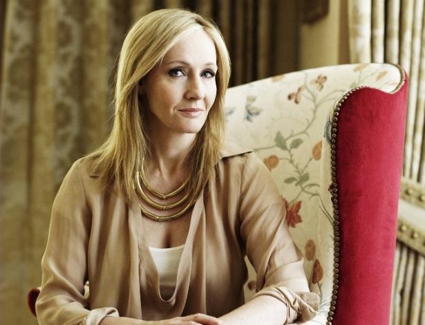 """Autora  J. K. Rowling lança romance """"The Casual Vacancy"""" - Divulgação"""