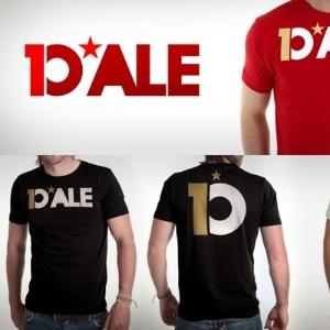 Camisas da marca D'Ale 10 do jogador D'Alessandro lançadas em evento no Gigantinho (22/08/2012)