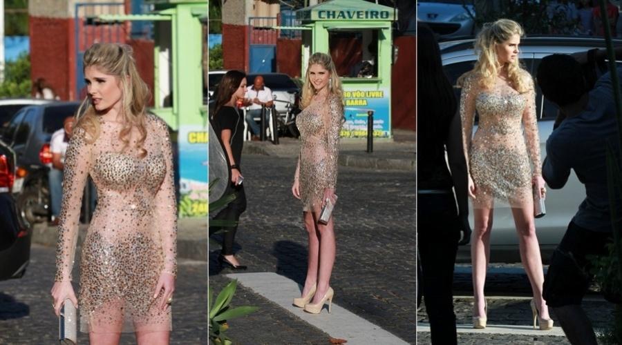 A modelo Bárbara Evans, filha de Monique Evans, fez ensaio fotográfico na Barra da Tijuca, zona oeste do Rio (23/8/12)