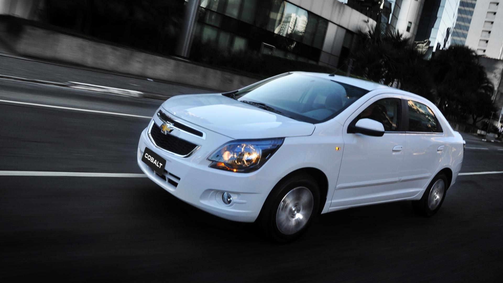 Chevrolet Cobalt 1.8 parte de R  43.690 para dar  status  a novo público -  Notícias - BOL 5db4f7c21e