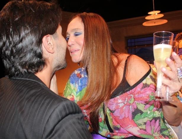 Susana Vieira se emociona com festa surpresa pelos seus 70 anos