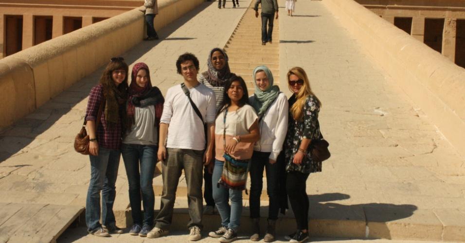 Gabriel S., 17, fez intercâmbio para o Cairo (high school)