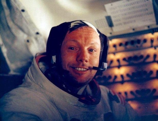 20.jul.1969 ? Foto de Neil Armstrong, o primeiro astronauta a pisar na lua, tirada dentro da nave Apollo 11