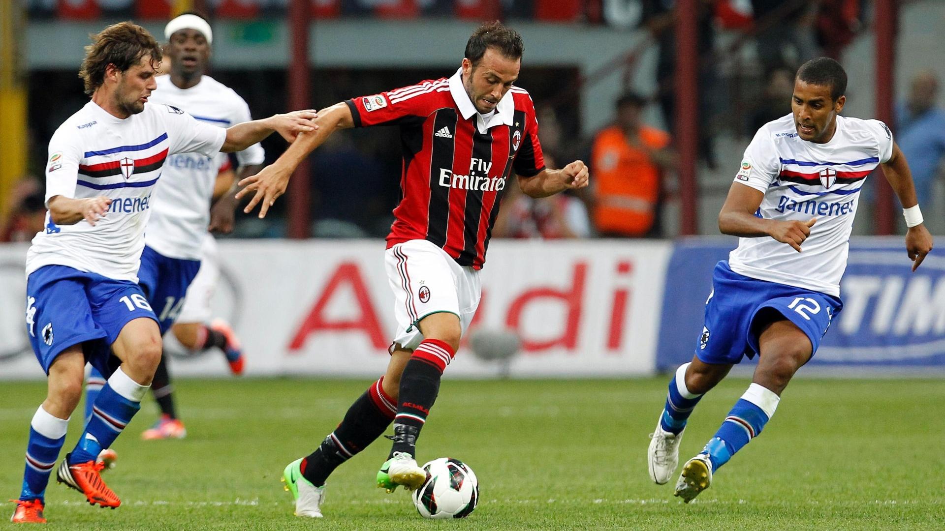 O atacante Giampaolo Pazzini estreou pelo Milan na derrota para a Sampdoria, clube onde também já atuou, por 1 a 0 na 1ª rodada do Campeonato Italiano