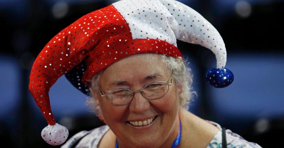 27.ago.2012 - Delegada vai a caráter à Convenção Nacional do Partido Republicano, na qual o ex-governador Mitt Romney será nomeado candidato à Presidência dos Estados Unidos. O evento é realizado em Tampa, na Flórida
