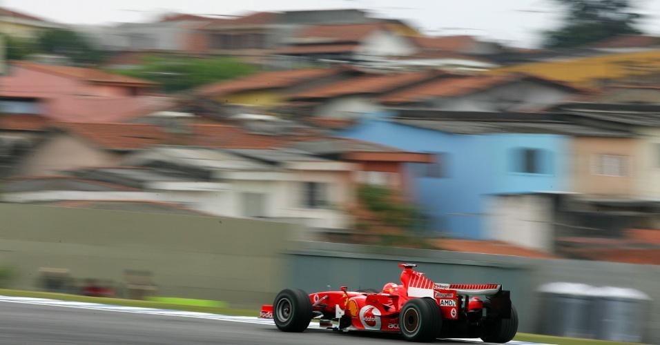 Michael Schumacher em ação no GP do Brasil de 2006