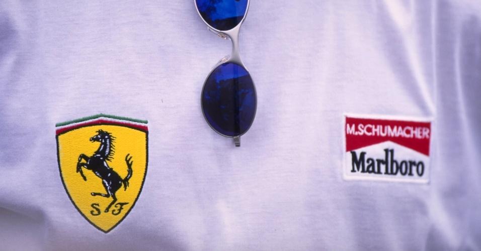 Michael Schumacher estreia seu uniforme da Ferrari em 1996