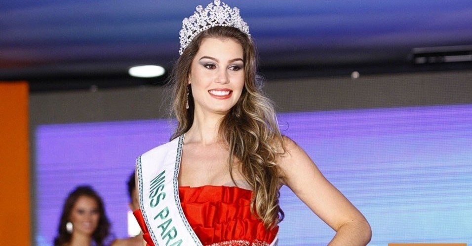 Miss Paraná, Alessandra Bernadi, 20, 1,73 m, representou Palotina
