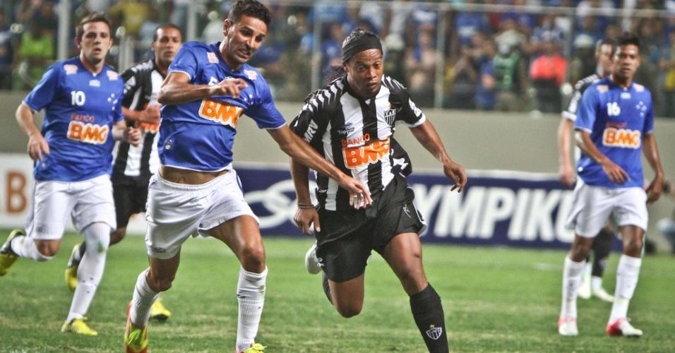 Ronaldinho Gaúcho durante o empate do Atlético-MG com o Cruzeiro em 2 a 2 (26/8/2012)