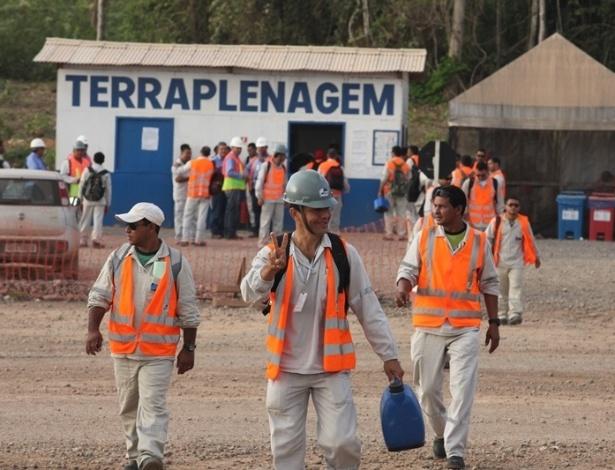 28.ago.2012 - As obras da usina hidrelétrica Belo Monte foram retomadas nesta terça-feira (28), depois que o Supremo Tribunal Federal liberou as atividades de construção, em liminar concedida na noite de segunda-feira (27)
