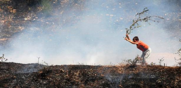 As altas temperaturas que podem provocar incêndios e devastar áreas verdes estão entre as ocorrências previstas para o meio ambiente, segundo os pesquisadores
