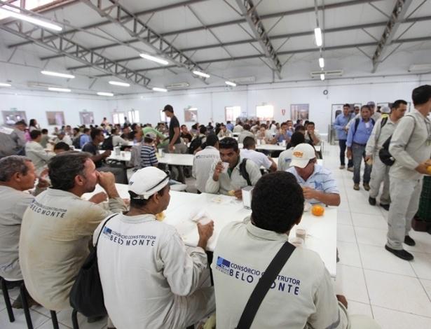 28.ago.2012 - Pelo menos entre 80% a 90% dos trabalhadores chegaram às unidades de obras nesta manhã, segundo o Consórcio Construtor Belo Monte, que coordena as obras civis. Atualmente, cerca de 13 mil trabalhadores atuam nas obras
