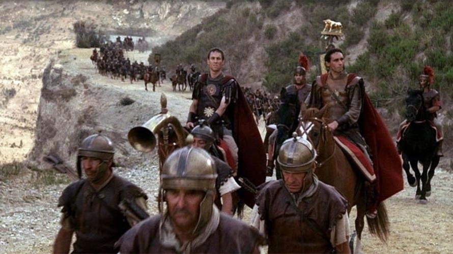 A sede expansionista de Roma abriu caminho para a formação de legiões de soldados ferozes e muito bem formados. Várias batalhas tornaram famosos o Exército romano e seus generais, em razão de sua capacidade de organização e combate. Por onde passavam, despertavam respeito, mas também medo e ódio causados pelo comportamento cruel com os inimigos.