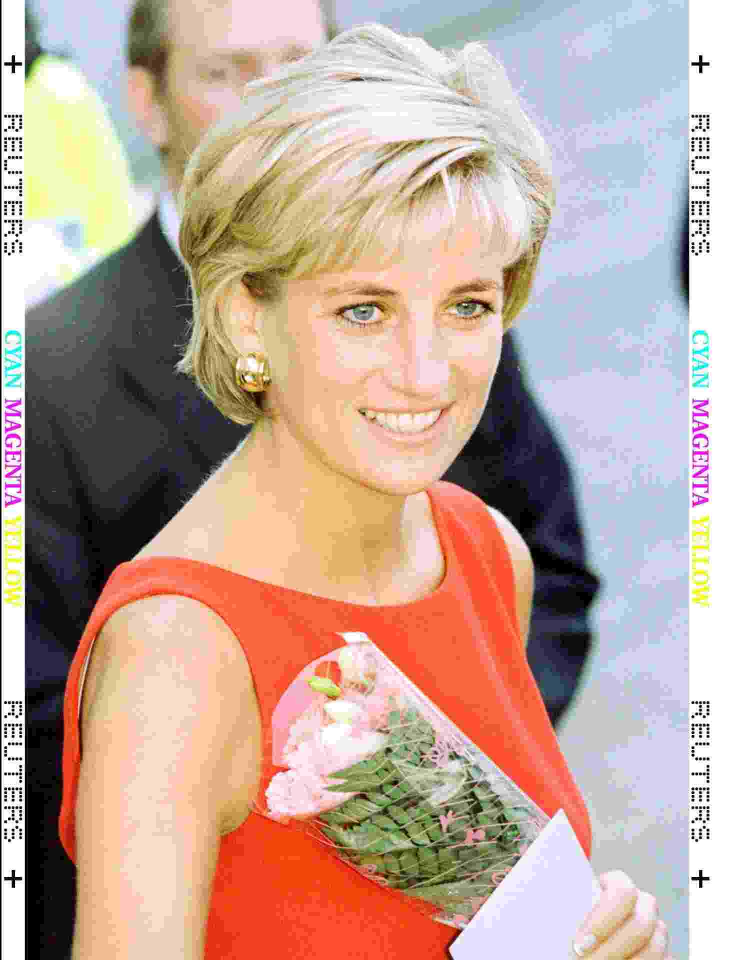 Princesa Diana durante visita ao Northwick Park Hospital, em Londres (21/7/97) - Paul Hackett REUTERS