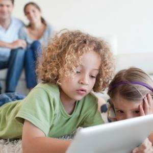 Criançasjá dominam o uso de iPad