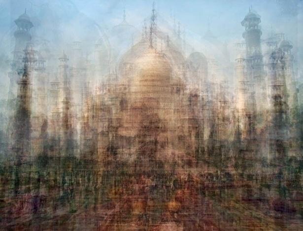 """O fotógrafo diz que busca """"desconstruir e reconstruir"""" as imagens, com o objetivo de criar novas experiências visuais. Na foto, o Taj Mahal, na Índia - Pep Ventosa"""