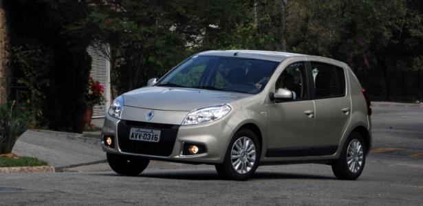 Sandero 2013 tem novo motor 1.6 8V Hi-power, que a Renault afirma ser menos beberrão - Murilo Góes/UOL