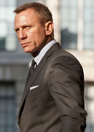 """Daniel Craig vive pela terceira vez James Bond em """"007 - Operação Skyfall"""" (2012)"""