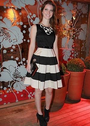 Nathália Dill - duelo mais bem vestidas agosto 2012 - AgNews