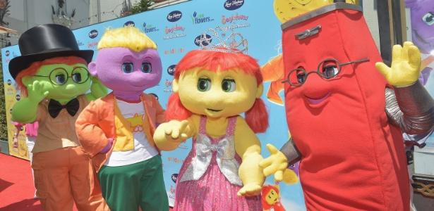 """Personagens do filme infantil """"The Oogieloves"""" comparecem a pré-estreia do filme em Hollywood, em São Paulo (19/8/12)"""