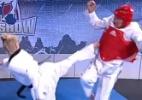 Blog: Comentarista australiano tira sarro nas Olimpíadas e leva aula dolorosa de taekwondo; assista - Reprodução de TV