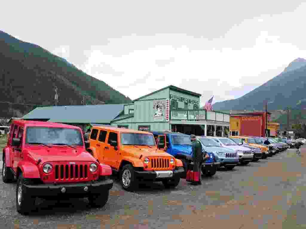 A largada oficial do Jeep Experience -- Colorado 2012 aconteceu em Silverton (EUA), típica cidade de faroeste de onde os nove Wrangler Rubicon e os seis Grand Cherokee partiram para as trilhas entre as montanhas de San Juan - Murilo Góes/UOL